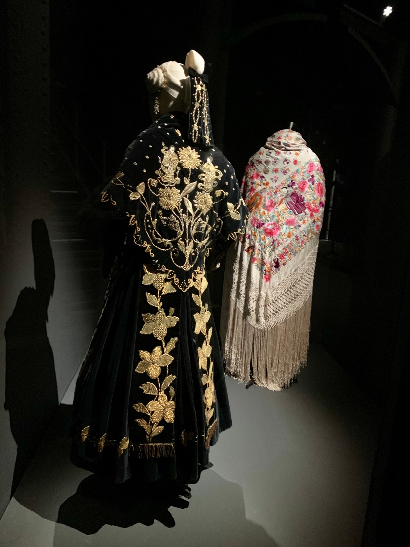 Whynotshopper-traje-viuda-rica-modus-madrid-moda-española