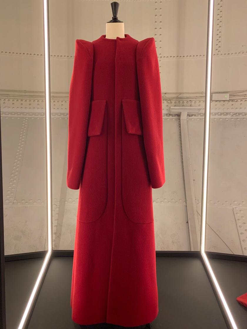 Whynotshopper-abrigo-rojo-modus-madrid-moda-española-devota-&-lomba