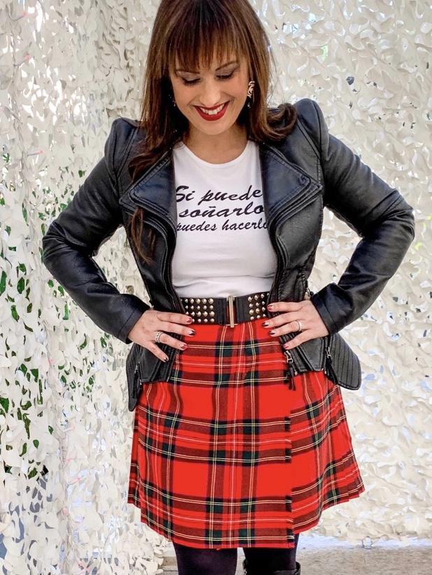 Whynotshopper, look, falda, escocesa, camiseta, mensajes, tendencias