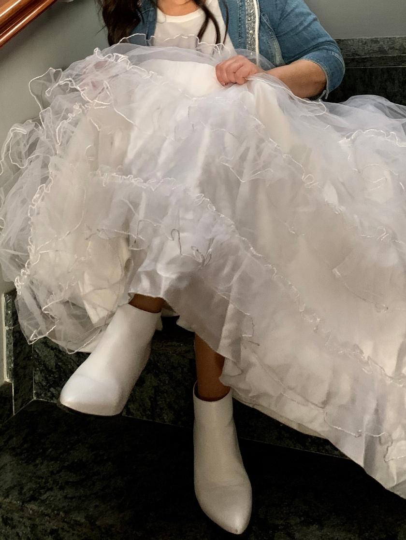 whynot-shopper-vestido-de-novia-blogger-nupcial-tul-denim-riñonera-botines-detalles