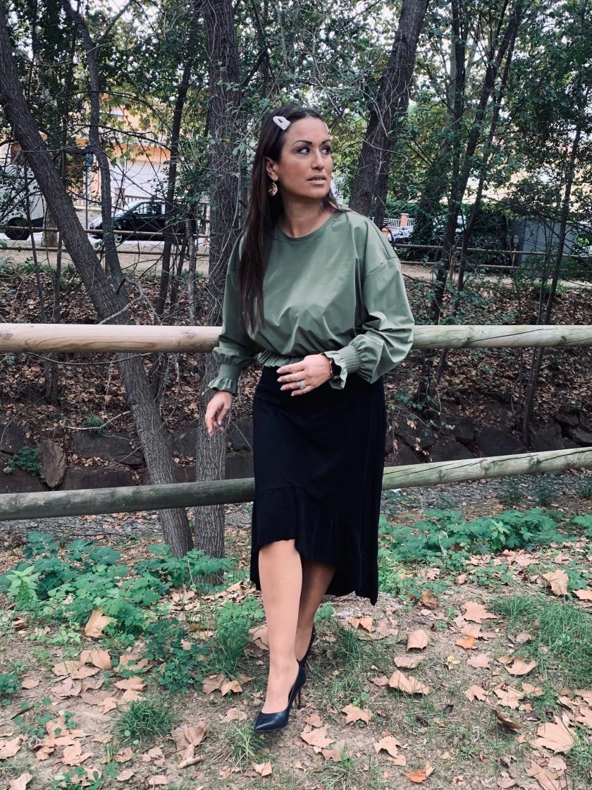 Whynot-shopper-camiseta-blusa-verde-militar-zara-tendencias
