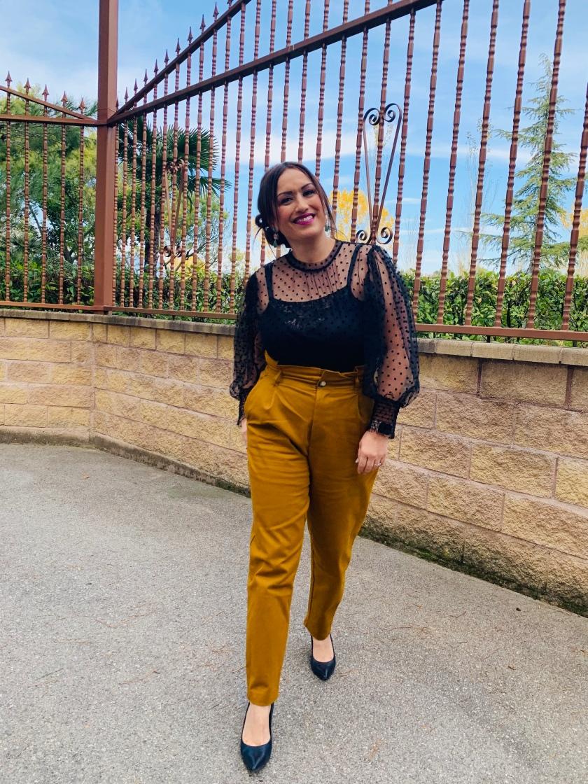 Pantalón-slouchy-tendencia- whynot-shopper-zara-bombacho-consejos-bloggeros-blogger-asesora-imagen -blusa-tul-topos-transparencias-mulaya-look-outfit-fiesta-invitada-perfecta