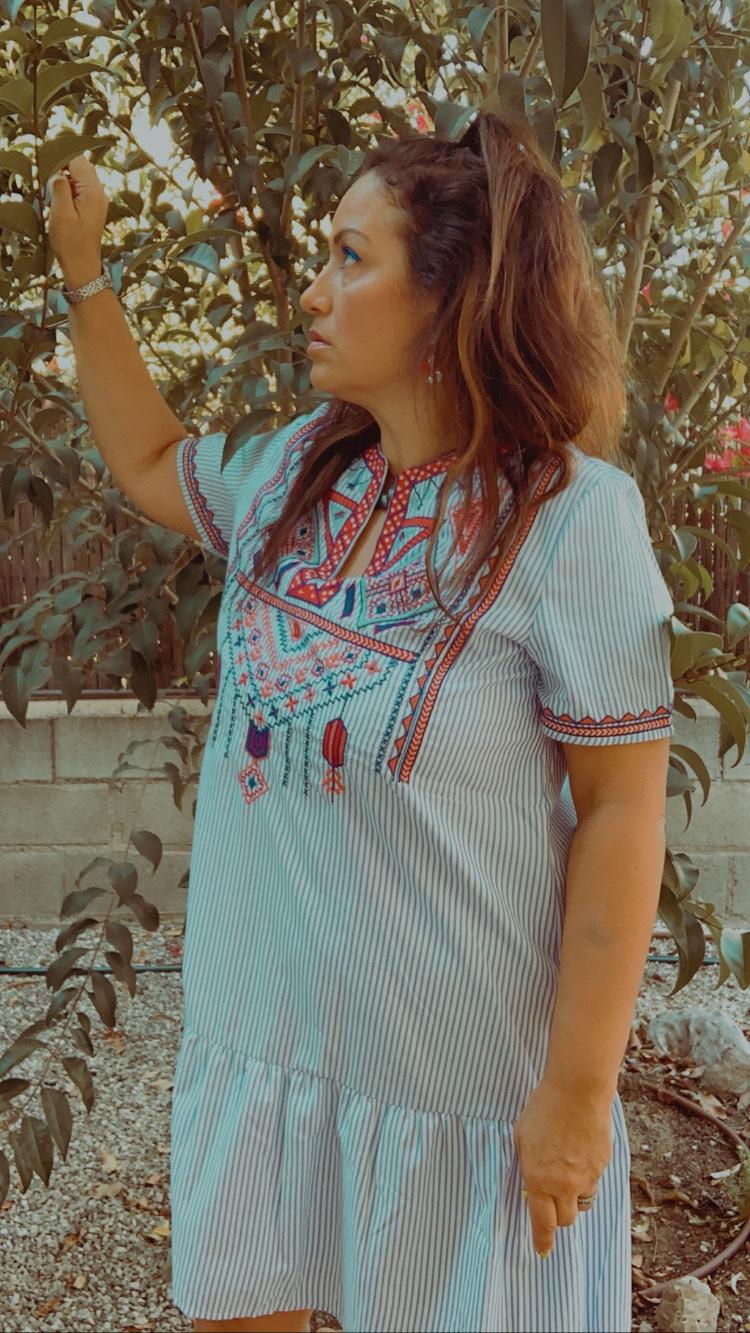 Whynot-shopper-tendencia-estilo-etnico-espiritu-bohemio-mezcla-culturas-tunica-abalorios-estilo-moda-style-print-blogger-sfera