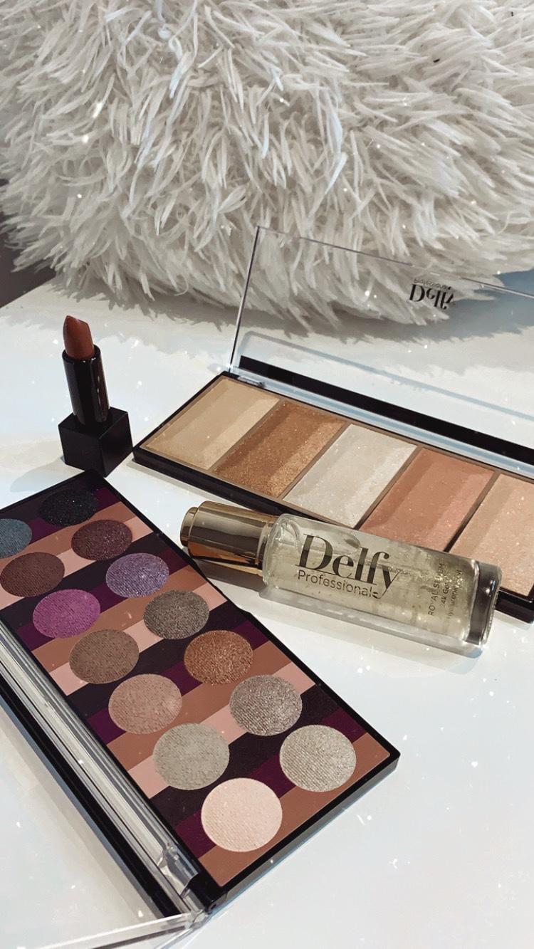 Delfy-cosmetics-whynotshopper-beauty-whynot-shopper-royal-serum-oro-24k-cosmetica-hipoalergenico-cosmetica-natural-tips-acido-hialuronico-goma-tara-facial-gold-skincare-cara-alta-cosmetica-makeup-maquillaje-labial